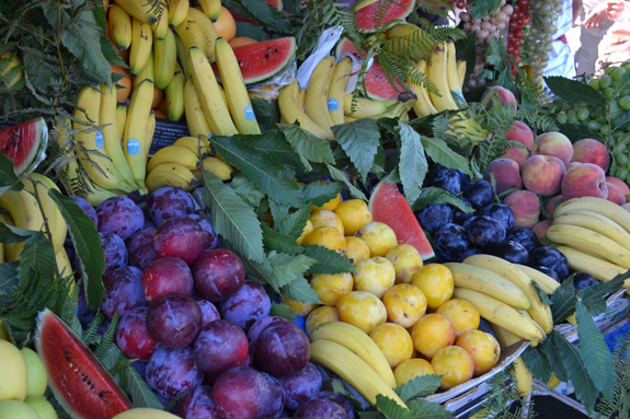 fresh fruit stand in ROme