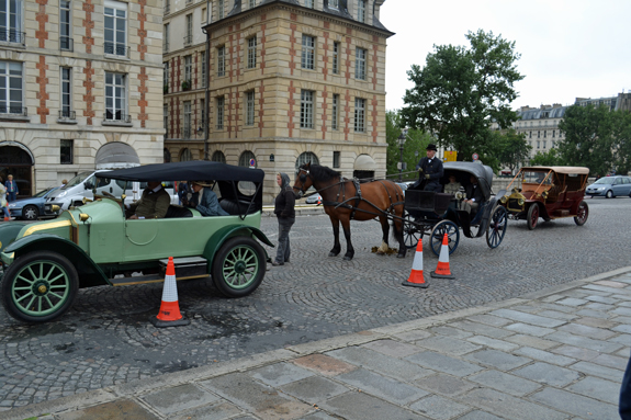 vehicles for movie shoot in Paris
