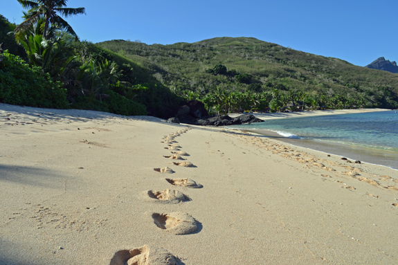 Walking on Likuliku Beach