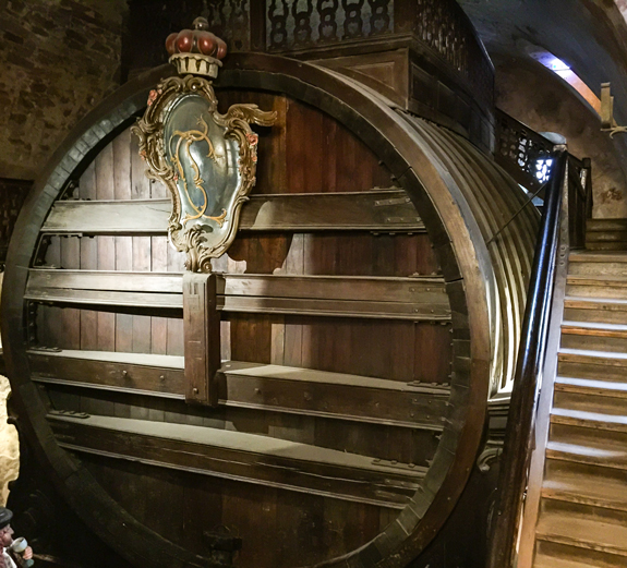 The great Heidelberg wine barrel. That's a lot of wine!